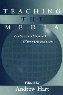 کتاب Teaching the Media